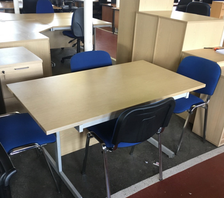 нестандартный офисный стол на заказ ФАстове