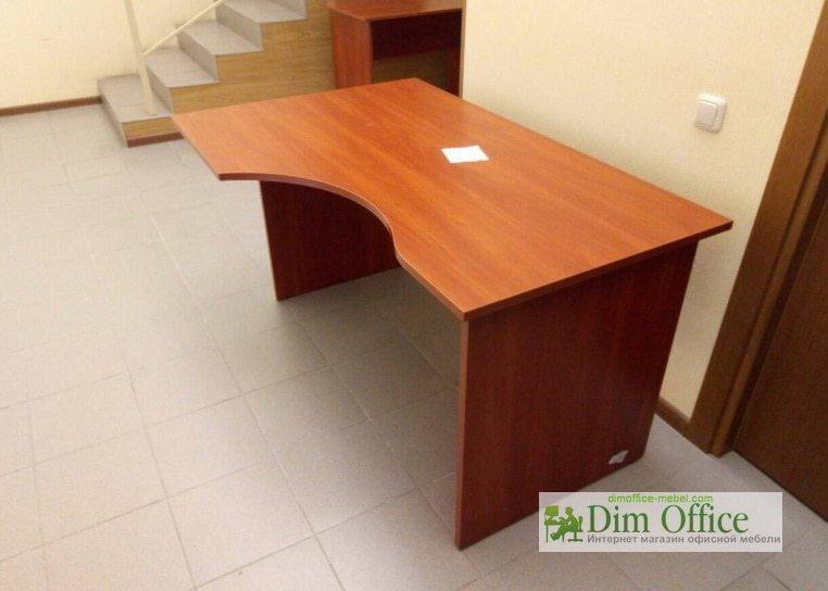 купить оптом офисные столы